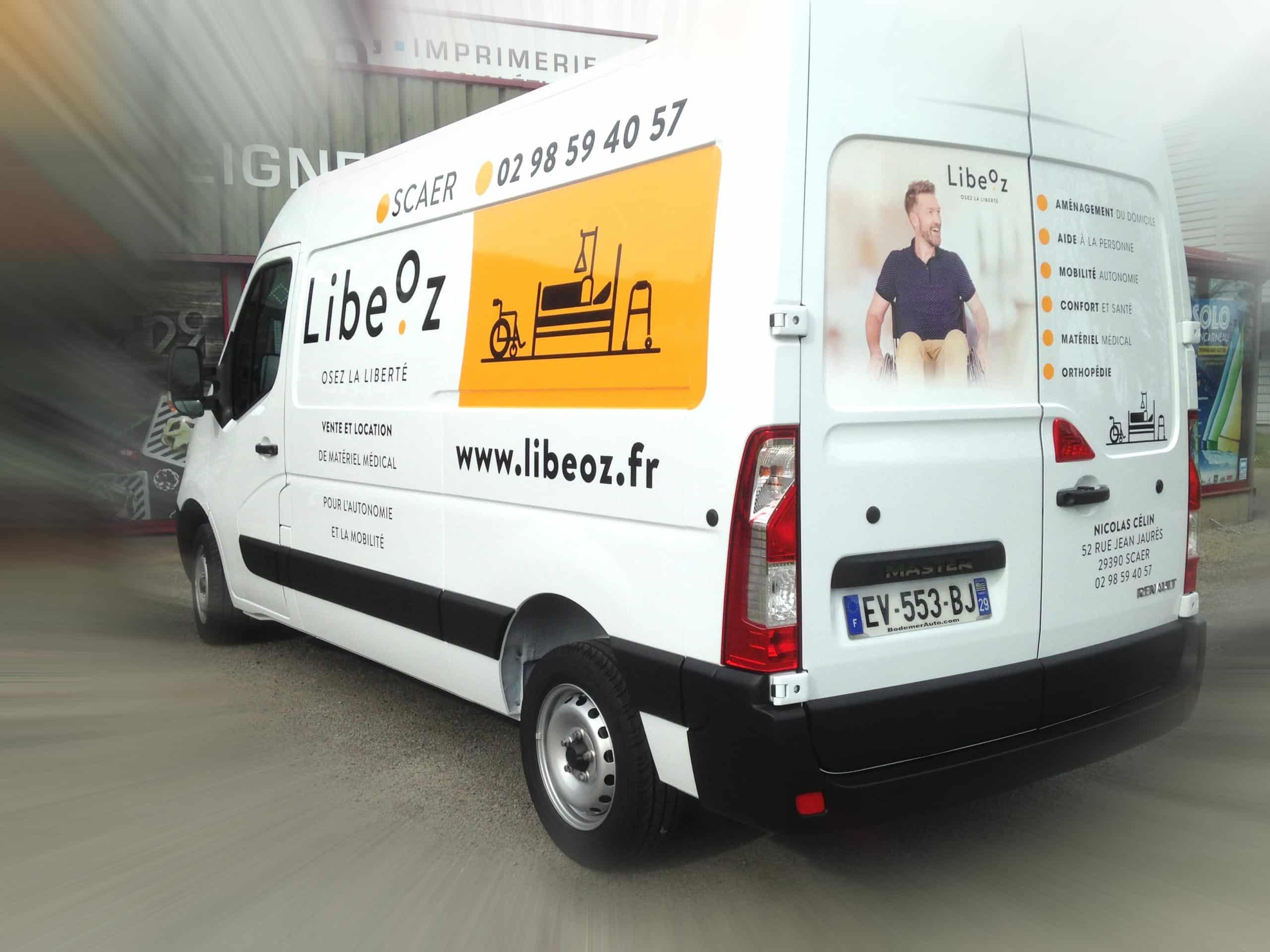 Marquage adhésif sur véhicule - Pharmacie de l'isole - Scaër