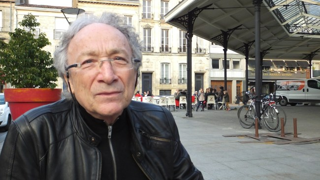 Après une longue série de dédicaces à un public qui s'est déplacé en masse, Ernest Pignon-Ernest a évoqué son travail d'artiste urbain.