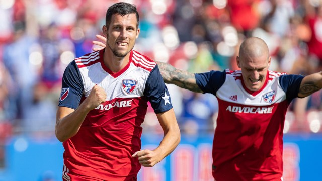 SOCCER: OCT 06 MLS - Sporting Kansas City at FC Dallas