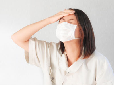 本来は無害な花粉にまで過剰に免疫が反応してしまう花粉症