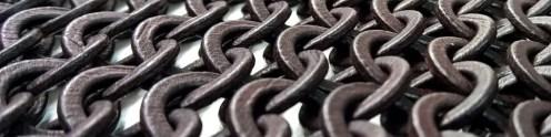 Zusammenhängende bewegliche additiv gefertigte Kette