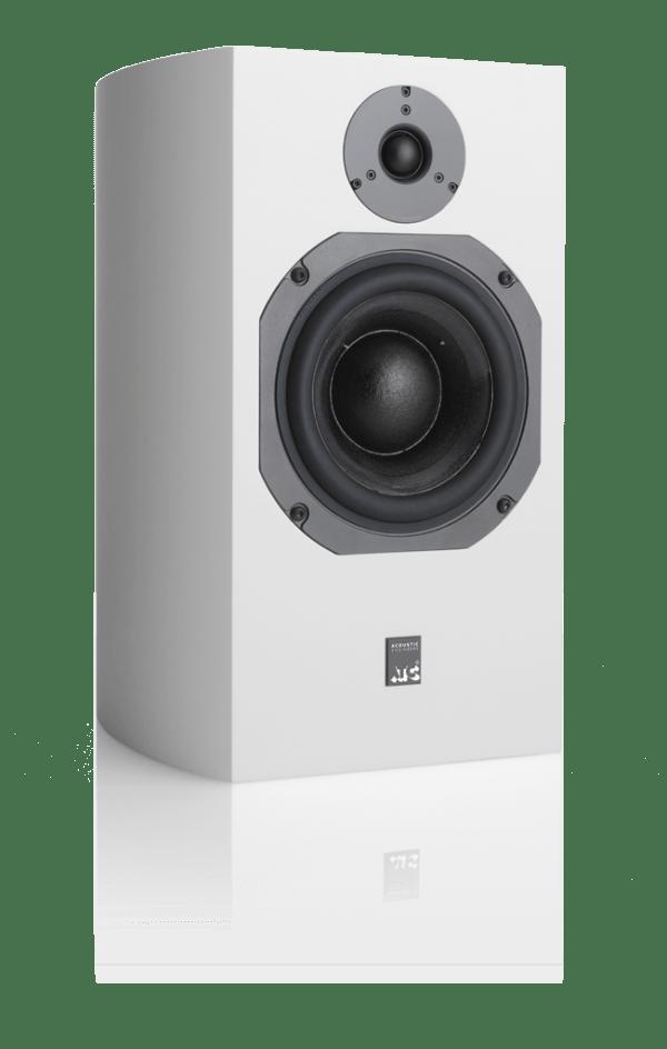 atc-scm19-white-600x944