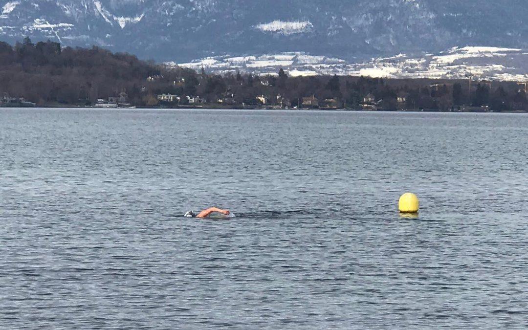 La nage en eau glacée, une nouvelle discipline