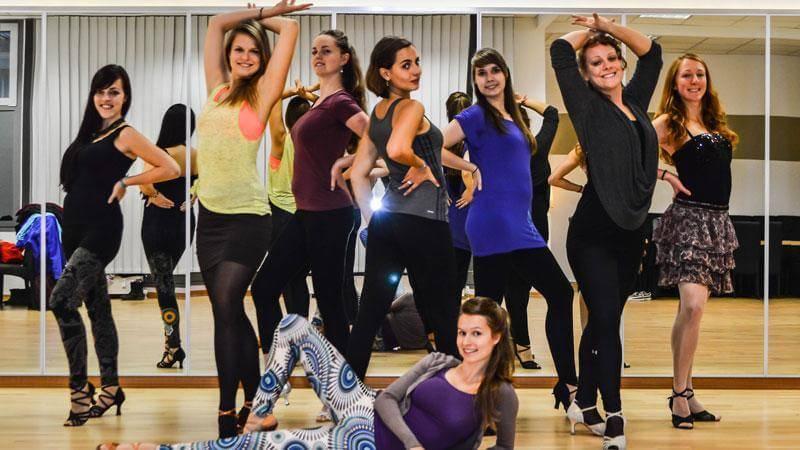 Impulso Latino | Latin Ladies | Showteam