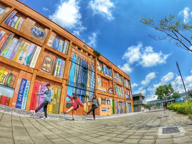 衛武營街頭藝術彩繪,高雄景點