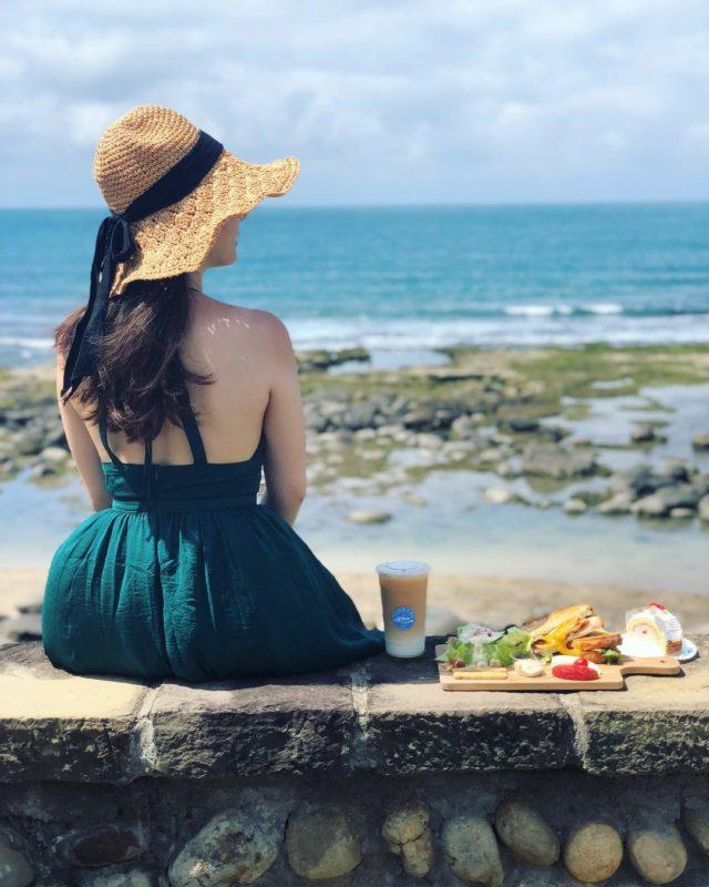 北海岸一日遊行程 景點美食推薦 米詩堤極北藍點 海景咖啡廳