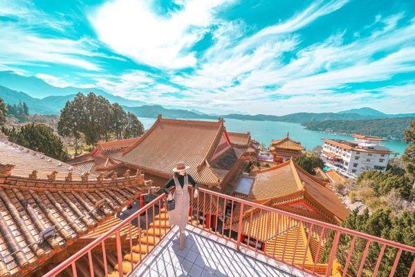 日月潭文武廟是全台第一個於廟中供奉孔子神像的文武廟