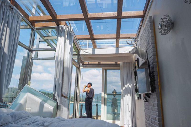 水岸休閒飯店最受歡迎的莫過於玻璃屋房型,