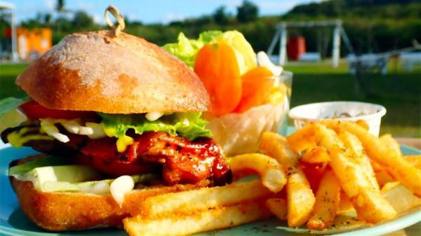 ME TIME海邊野餐 恆春美食,恆春美食推薦,恆春必吃,恆春必吃美食,漢堡