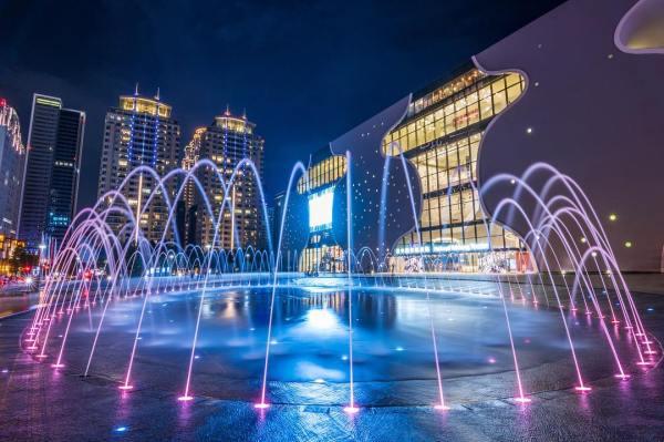 台中國家歌劇院|「光之曲幕」|光影秀|外觀|噴水池