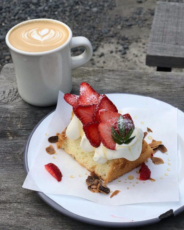小廢墟咖啡甜點 文山區 咖啡 木柵咖啡 木柵咖啡廳 咖啡廳 草莓戚風 拿鐵