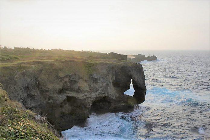 萬座毛 沖繩景點 沖繩中部景點 沖繩海蝕景點