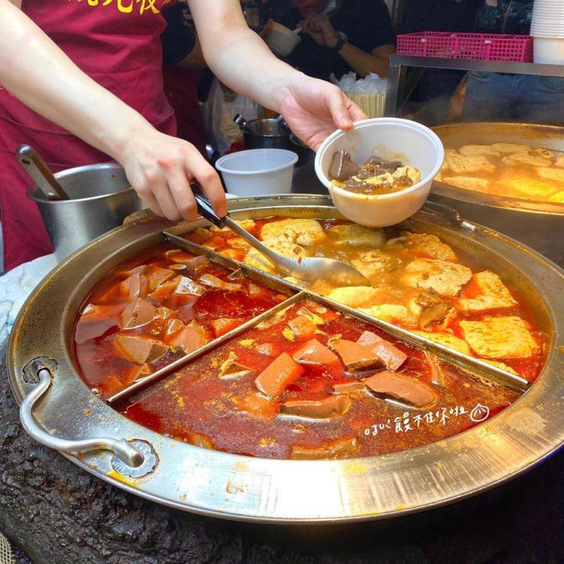 郭記臭豆腐|樂華夜市美食|樂華夜市必吃|樂華美食|夜市必吃