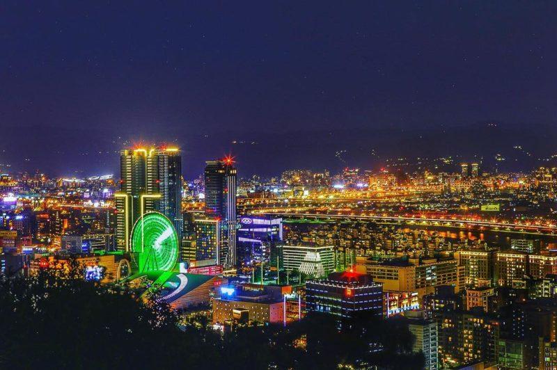 台北劍南山夜景