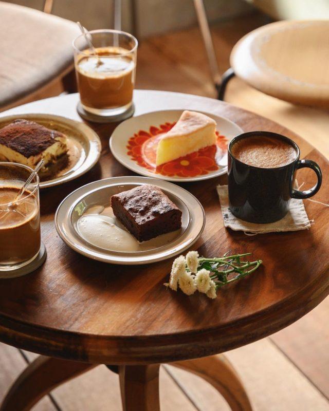 與路 Yu Lu Café