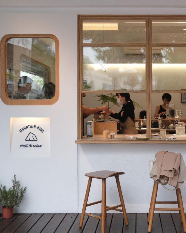 台北大安景點 美食推薦純白木質咖啡廳