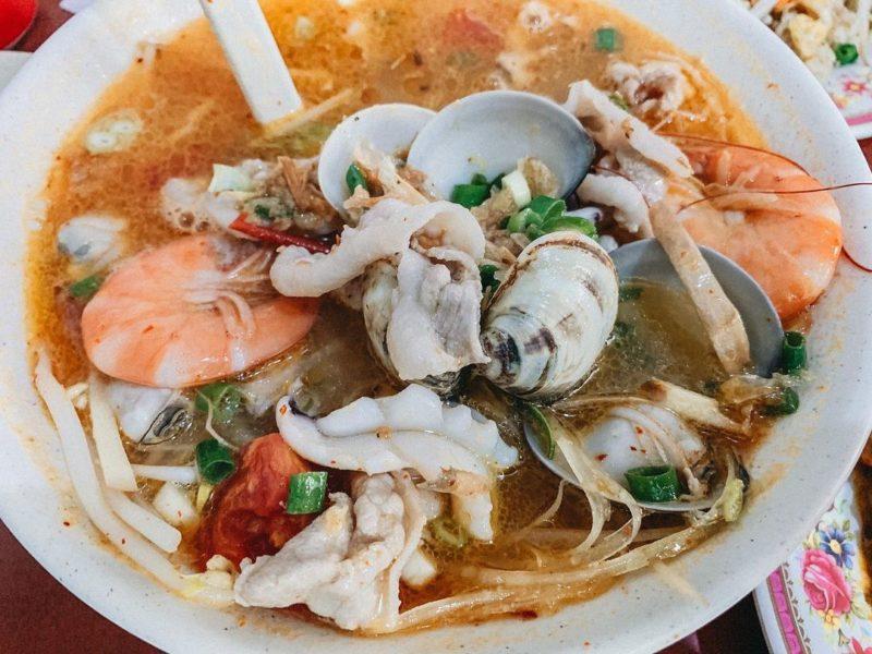 新北美食-萬里美食懶人包-湄公河南洋美食酸辣海鮮湯麵