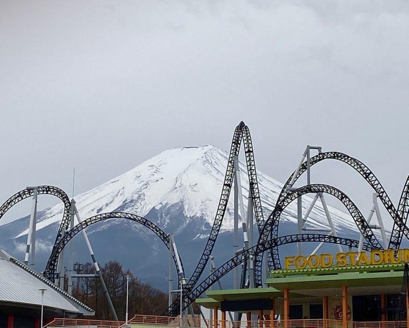 日本遊樂園 富士急樂園 雲霄飛車
