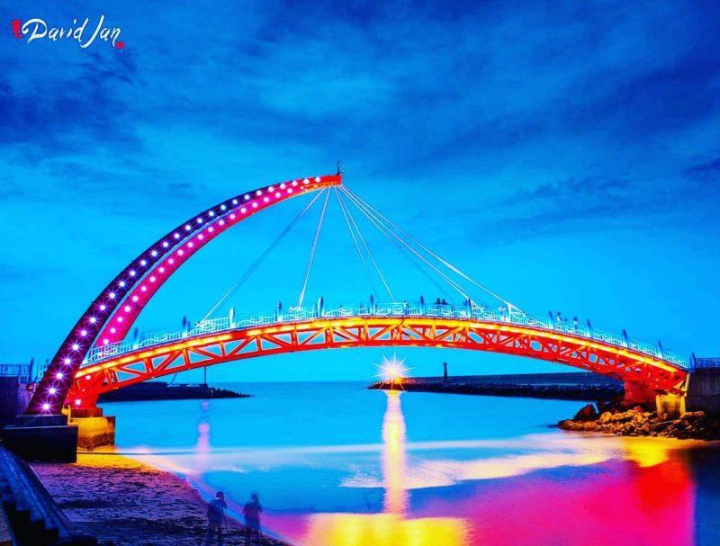 苗栗夜景苑港彩虹橋