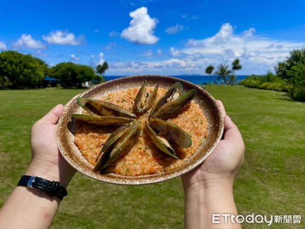淡菜馬告燉飯吃得到濃郁的番茄香。