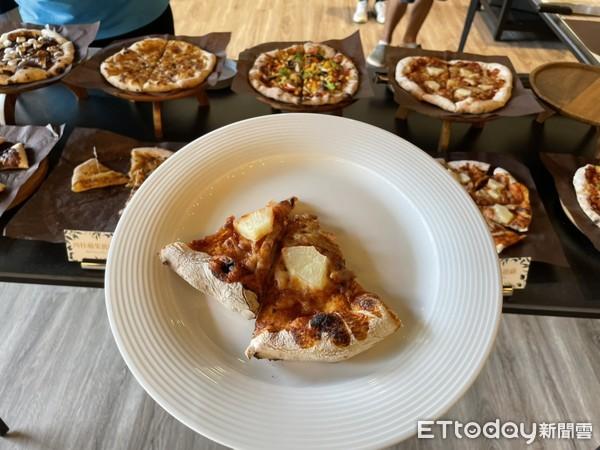 ▲下午茶提供多款基本口味披薩。