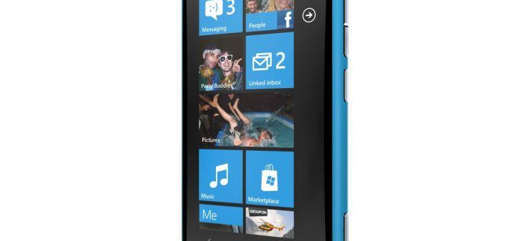Nokia Lumia 800 – packen wir's aus!