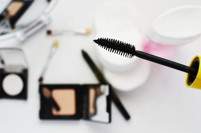 Holdbarhed på makeup - har makeupskuffen overskredet udløbsdatoen?