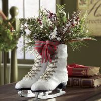 Ice Skates Centerpiece from Through the Country Door | NC41659