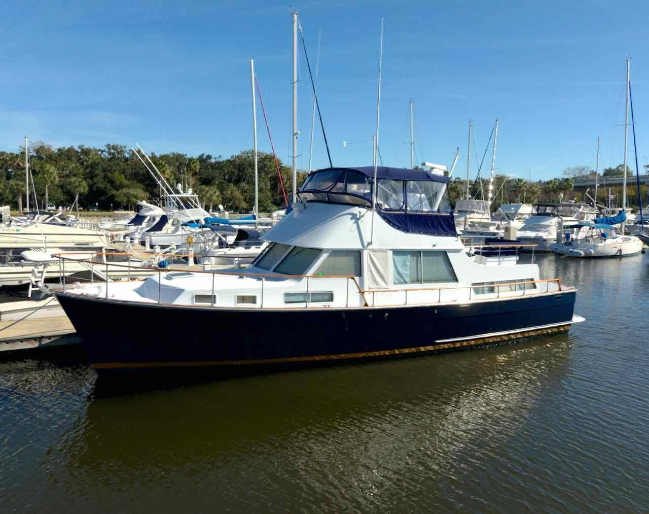 Unbridled Tollycraft 1982 48 Motor Yacht 48 Yacht For Sale