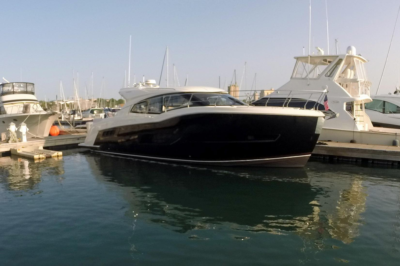 Carver 43 Yachts For Sale