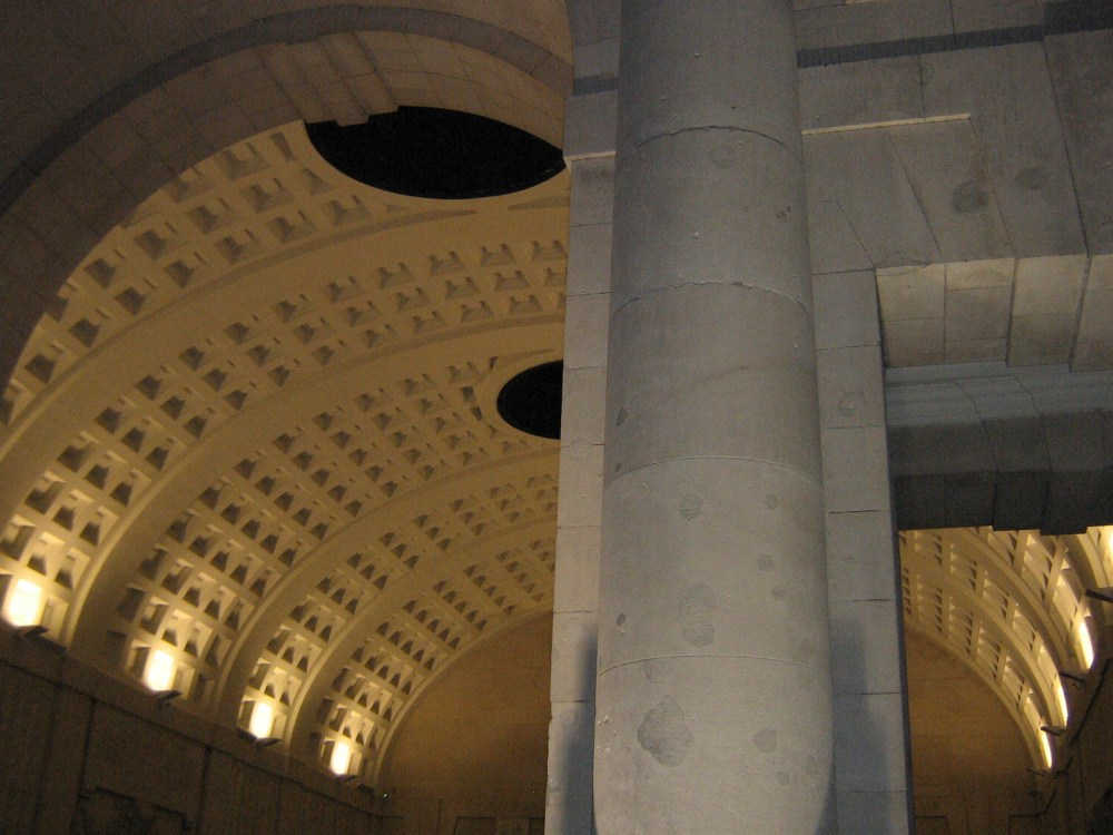 The Menin Gate Memorial (2/6)