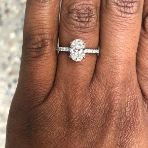 Boyfrie!nd wears ring after his Girlfriend   rejected his proposal