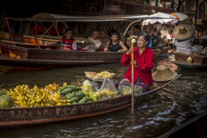 Floating market tour (6)