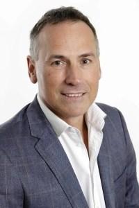 Russell Bowyer, ACA CTA - Entrepreneur vs Intrapreneur - Business owner, entrepreneur, property investor and novelist - The Flying Auditor