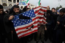 Ο διοικητής του Ιράν ορκίζεται «αντίσταση» ένα χρόνο μετά τη δολοφονία του Σολεϊμάν