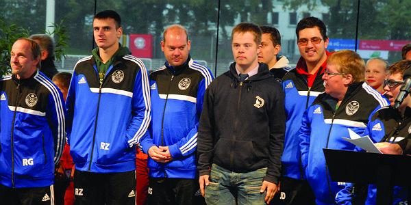 Das Special Team bei der Ehrung im Belkaw-Stadion