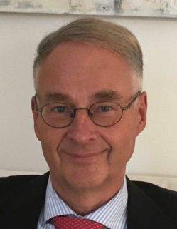 Roland Hartwig tritt für die AfD im Rheinisch-Bergischen Kreis für die AfD an