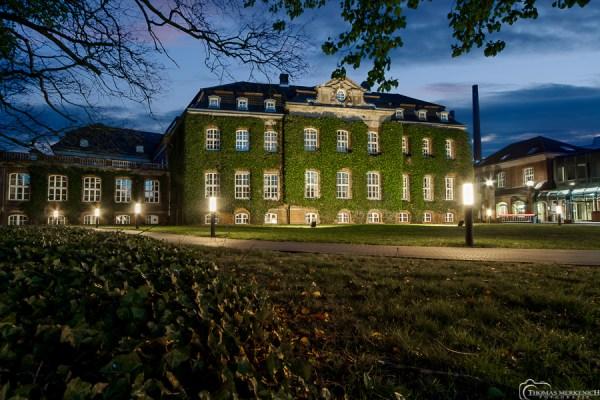 Das historische Verwaltungsgebäude der Zanders GmbH, Bergisch Gladbach. Foto: Thomas Merkenich