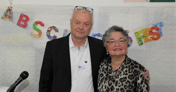 Hanna Dirk mit ihrem Nachfolger Klaus Landen