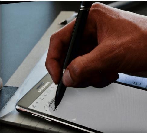 Samsung: Γραφίδες για το Galaxy Note 4 σε συνεργασία με τη Mont blanc