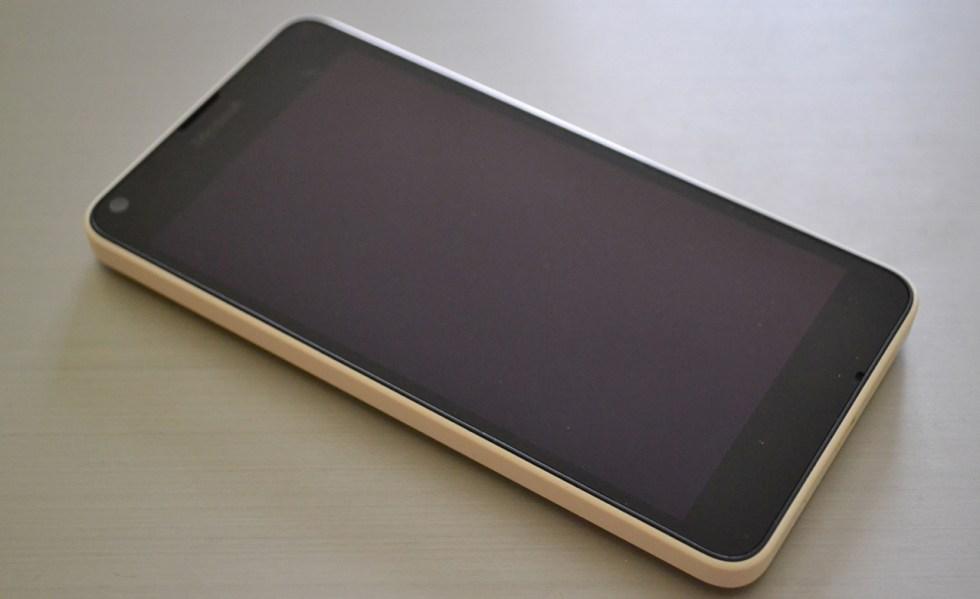 lumia-640-in2mobile-design (1)