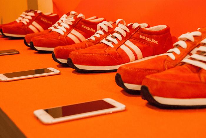 EasyJet Sneakairs: Εξερευνήστε πόλεις με ξεναγό τα… παπούτσια σας!