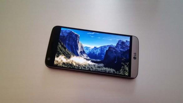 LG G5 Review: Η διαφορετικότητα που εντυπωσιάζει!