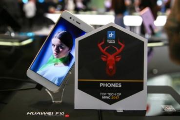 Με 42 διακρίσεις γέμισε η 'βαλίτσα' της Huawei στην Βαρκελώνη