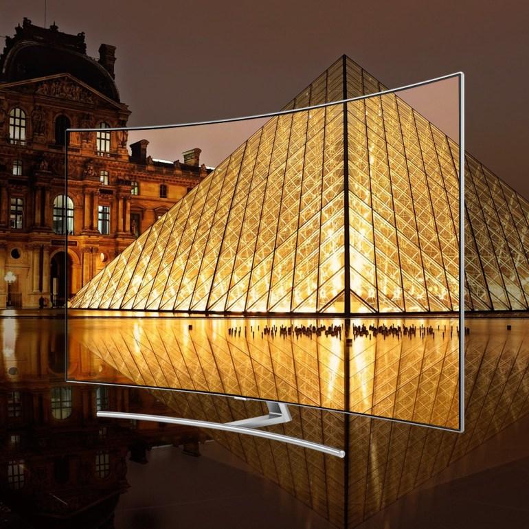 H Samsung παρουσιάζει τις QLED τηλεοράσεις στο Παρίσι