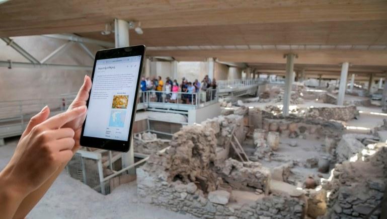 COSMOTE: Wi-Fi σε Ακρωτήρι Σαντορίνης, Δελφούς, Δήλο – συνολικά σε 20 αρχαιολογικούς χώρους σε όλη την Ελλάδα