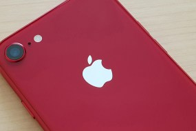 Apple iPhone8 (PRODUCT) RED Review : Το πιο όμορφο iPhone