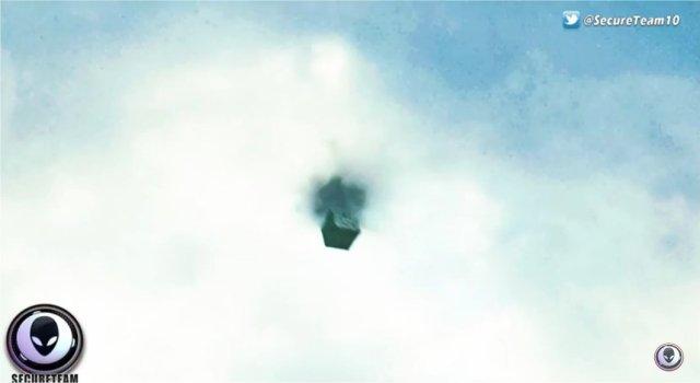 ufo-cube-c9