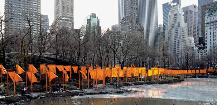 06. Christo-and-Jeanne-Claude-The-Gates