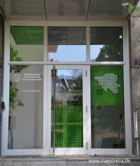 Türgestaltung Nebeneingang Umweltministerium Saarbrücken